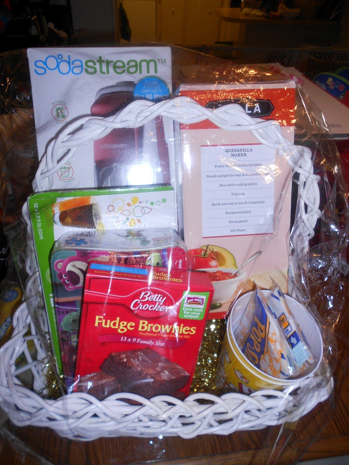 Date Night Basket Gift Idea Holiday Gift Baskets Date Night Basket Gift Baskets