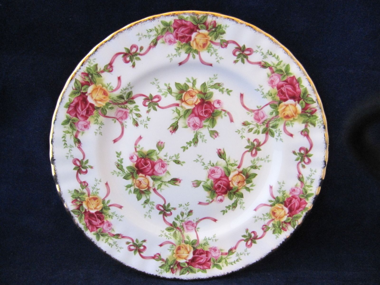 "Royal Albert Old Country Roses Ruby Celebration Salad Dessert 8"" Plate"