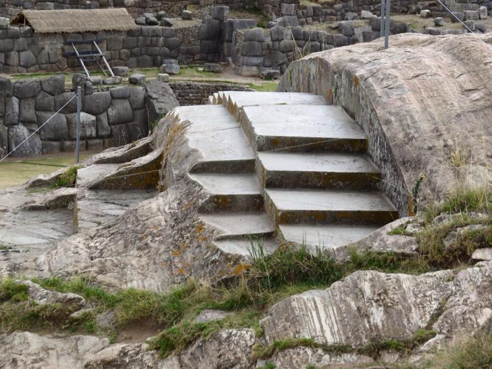 The mysterious angled step carvings of inca regions