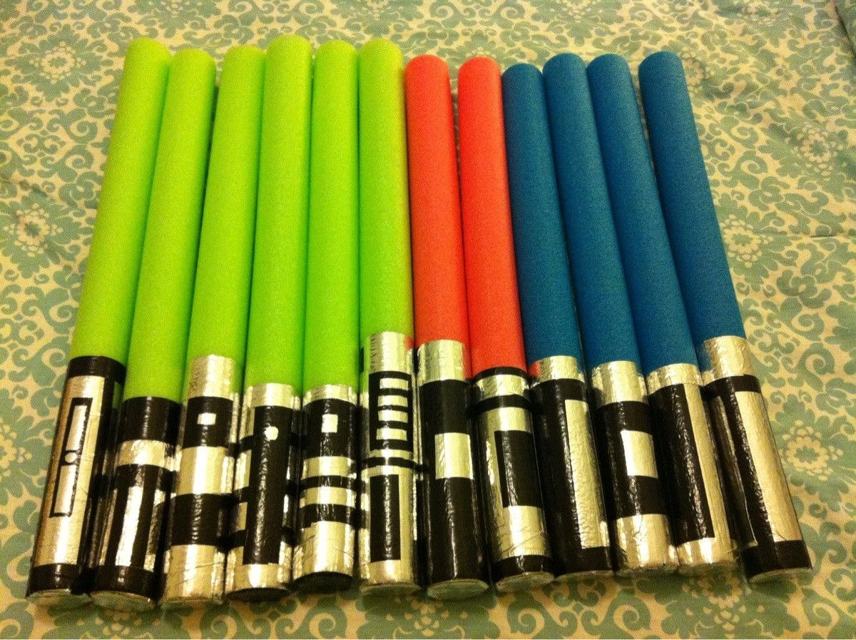 Awesome idea for party favors! Foam tubes with duck tape handles ... for How To Make A Lightsaber For Kids  56bof