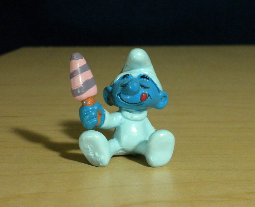 Baby Smurf with Ice Cream! Smurfs 20206