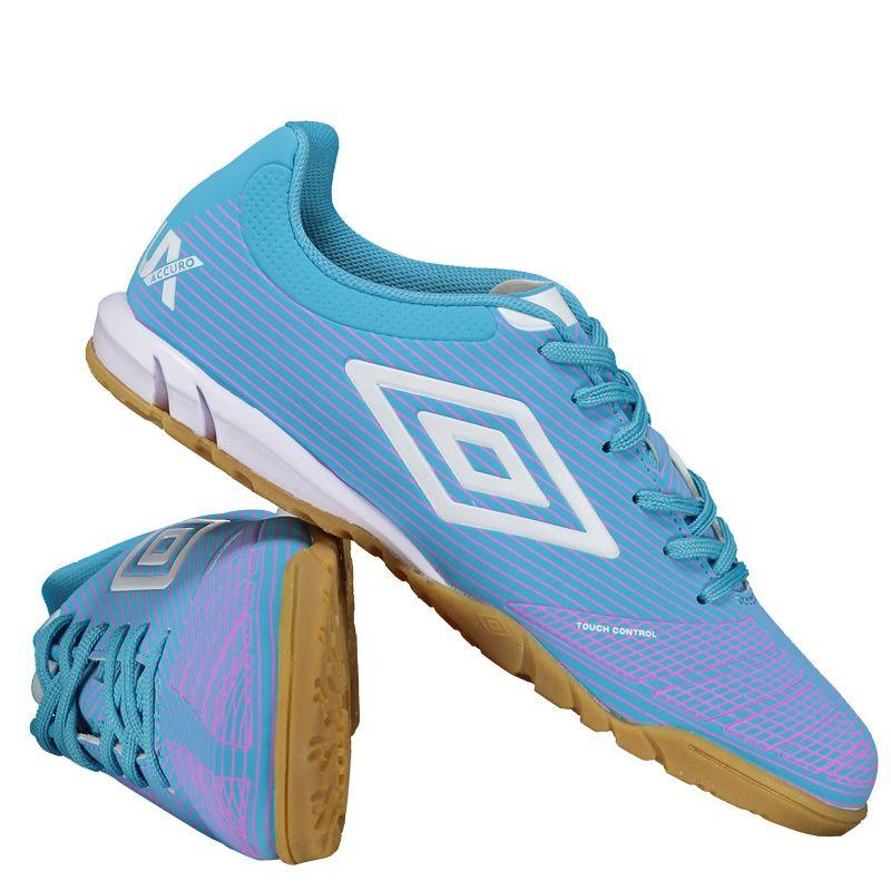 Chuteira Umbro Accuro Club Futsal Azul Somente na FutFanatics você compra  agora Chuteira Umbro Accuro Club 0c59723f5ab19