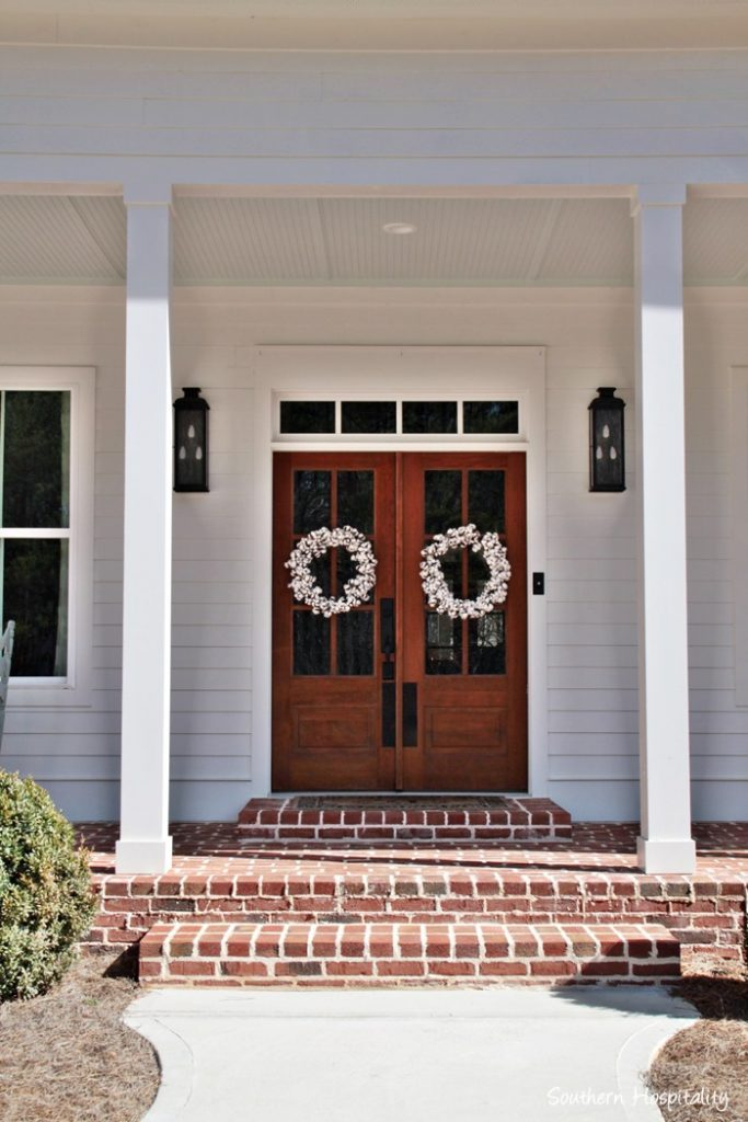 Feature Friday: Modern Farmhouse in North Atlanta #doublefrontentrydoors