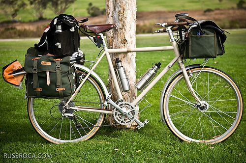 Love The Ostrich Panniers And Handlebar Bag Velo Voyage Velo