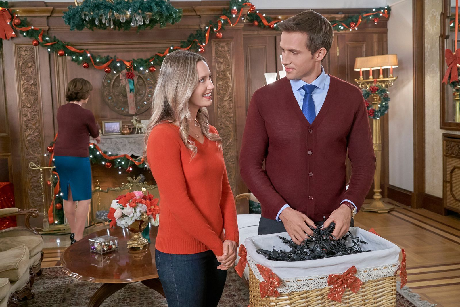 Hallmark S Christmas At The Palace Was Filmed At One Of The Most Regal Places Ever Merritt Patterson Hallmark Christmas Movies Hallmark Movies