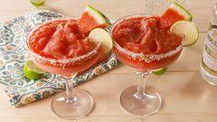 Frozen Watermelon Margaritas #frozenmargaritarecipes Best Frozen Watermelon Margaritas Recipe — How To Make Frozen Watermelon Margaritas #frozenmargaritarecipes