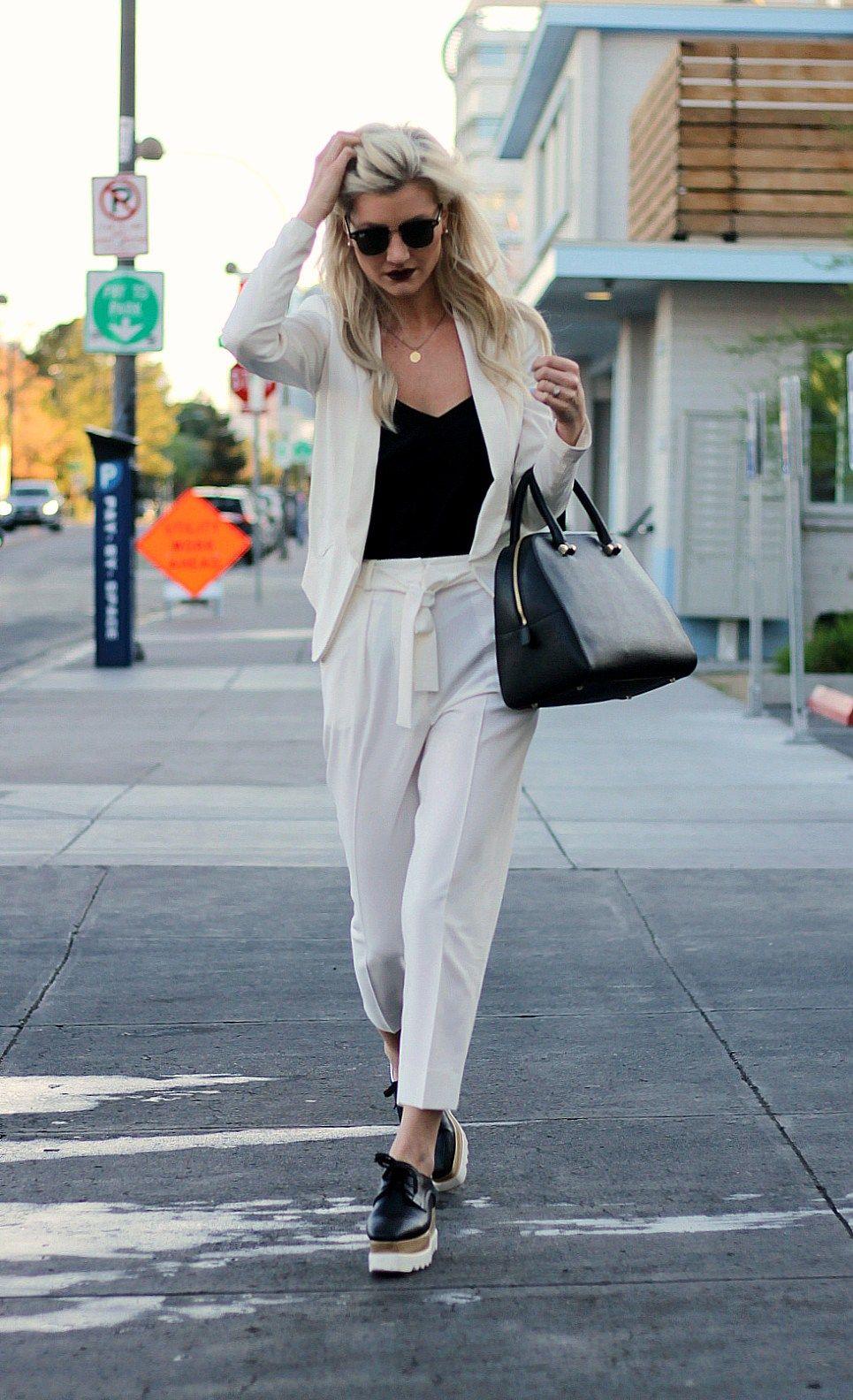 WHITE PANTSUIT & PLATFORM OXFORDS | Pinterest | White pants, Style ...