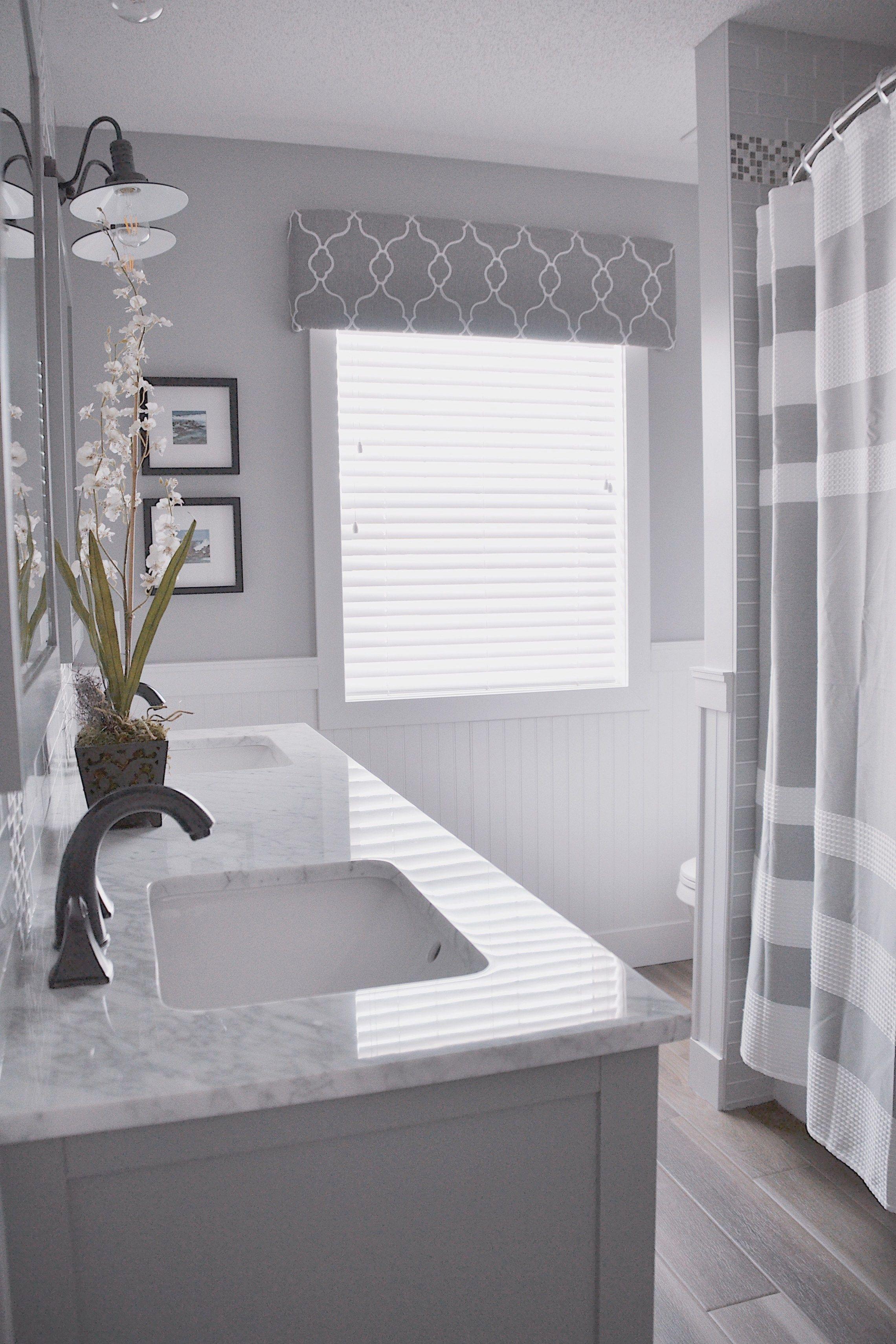 Bathroom sink faucet replacement when bathroom light