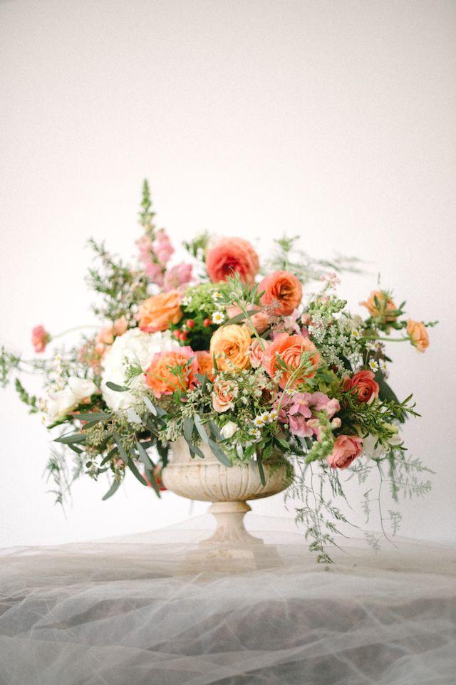 3 Irresistible Floral Designs Floral Designs Arrangements Floral Centerpieces Floral