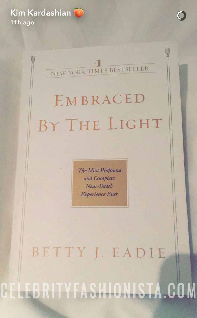 Embraced By The Light Book Captivating Kim Kardashian On Snapchat Showing The Book Embracedthe Light Design Decoration