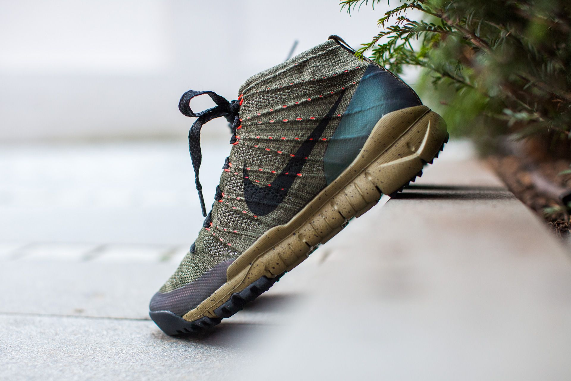 best service 028e8 c8a25 NIKE FLYKNIT TRAINER CHUKKA SNEAKERBOOT SEQUOIA BLACK available at  www.tint-footwear.