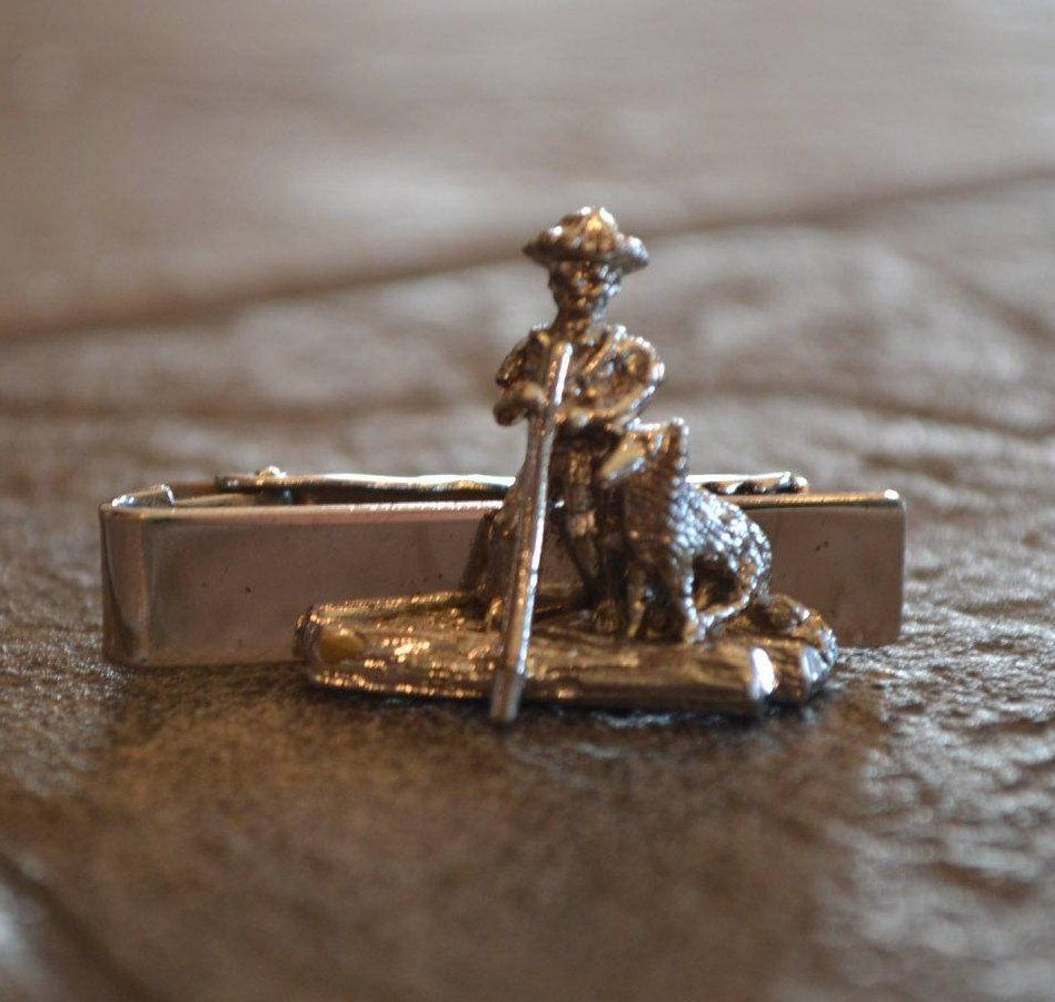 602edc4b72bd Vintage Figural Tie Clip Sarah Coventry by YesterdaysLuster on Etsy