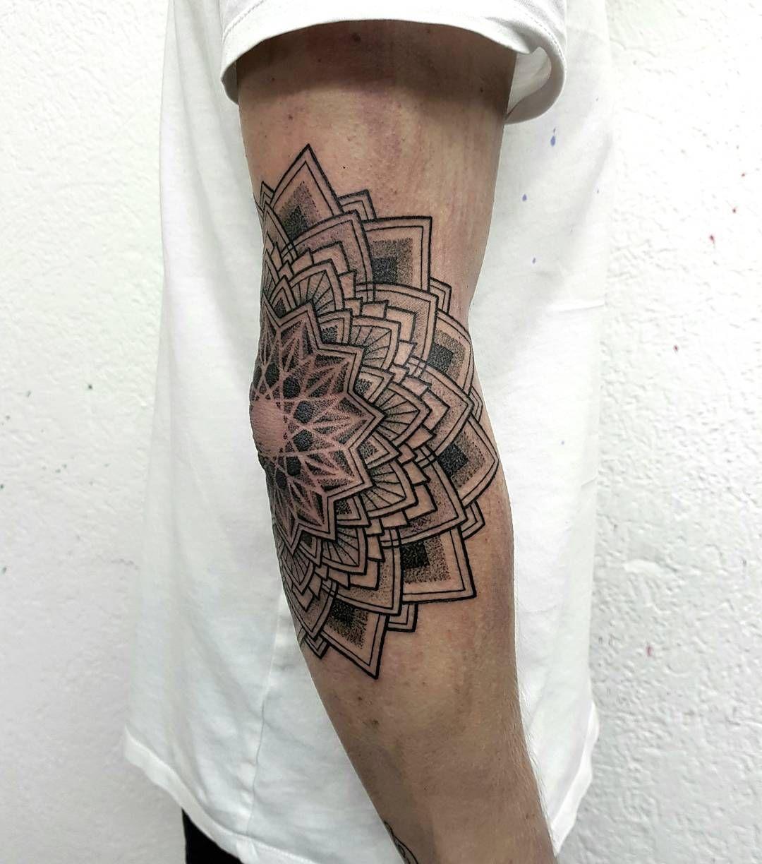 Jakabtattoo In 2020 Geometric Mandala Tattoo Forearm Band Tattoos Elbow Tattoos