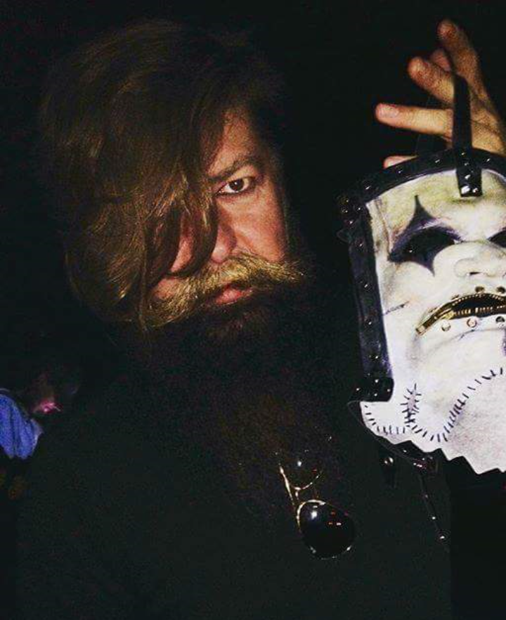 Jim's new mask ❤ | TonKpilS in 2019 | Chris fehn, Slipknot, Corey