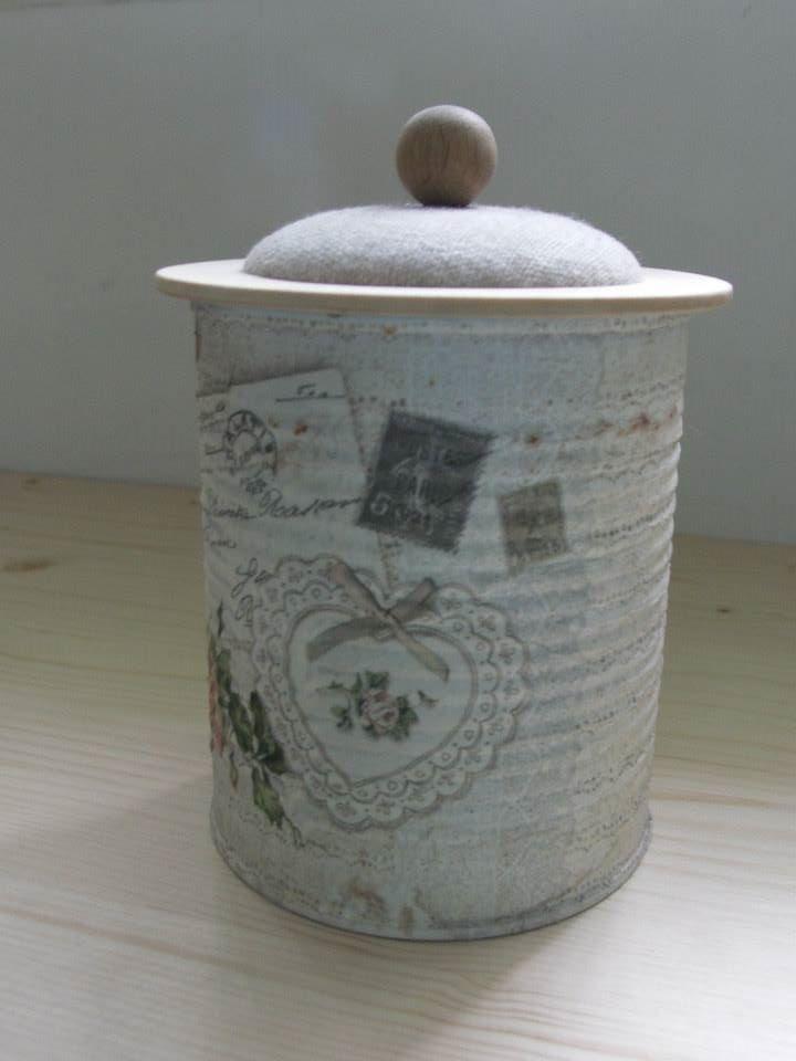 Konservendose mit Gedrechselten Deckel