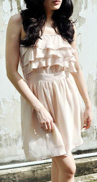 Sleeveless Ruffle Dress Day Evening Beige