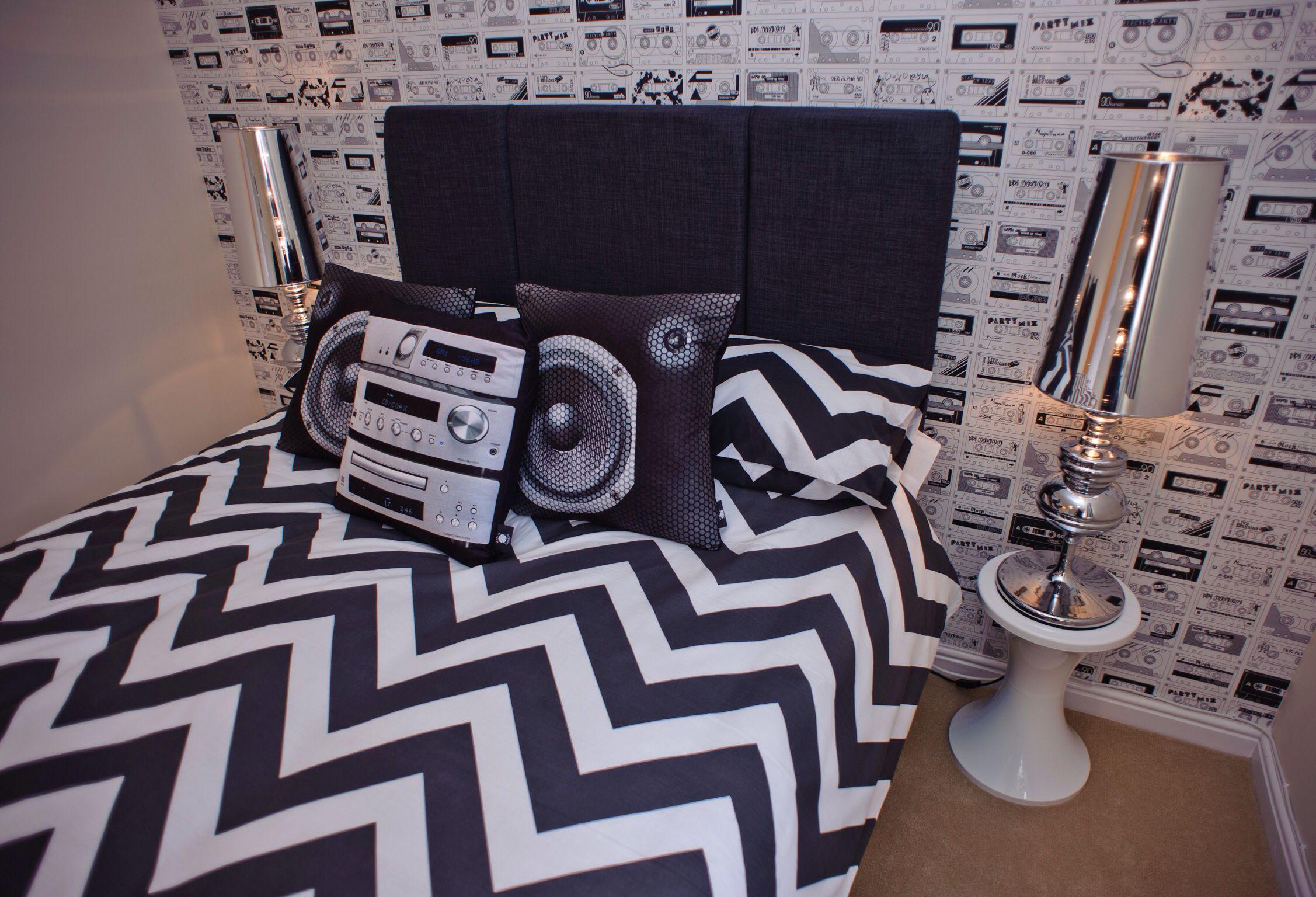 Our Show Home At Cae Nant Cwmbran Teens Music Themed Bedroom - Music themed bedroom decorating ideas