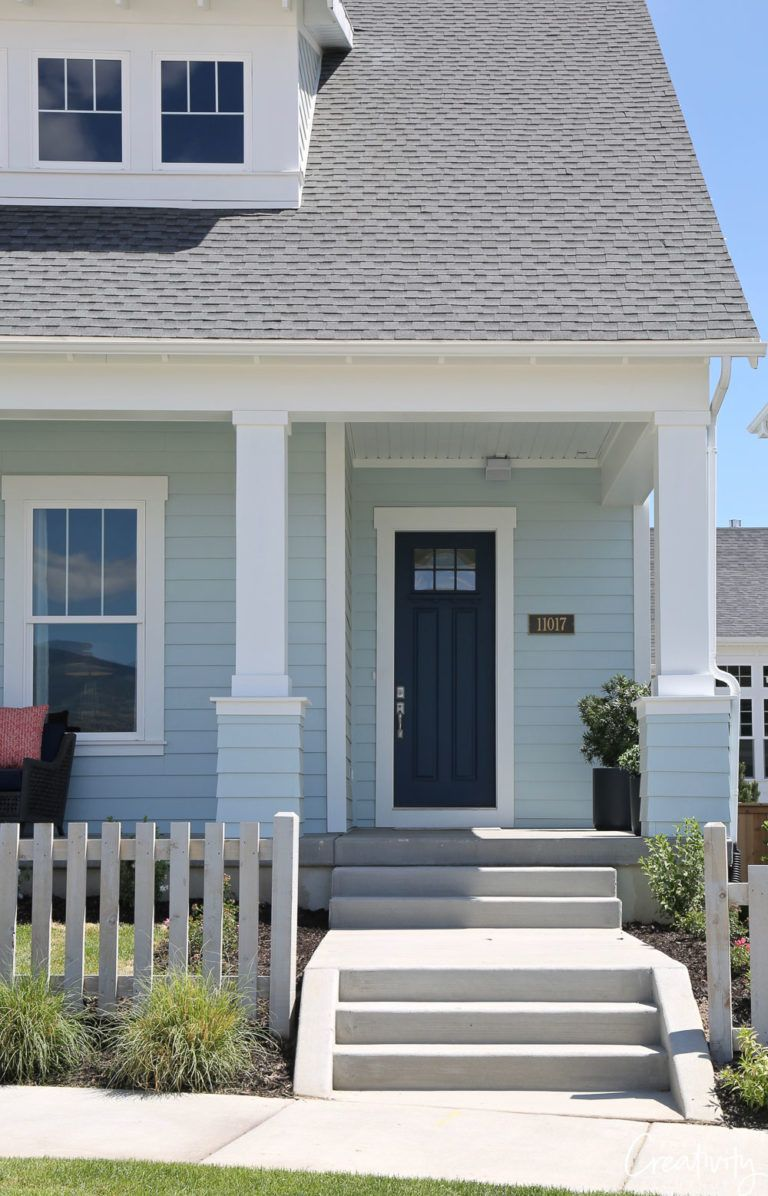How To Choose The Right Exterior Paint Colors Exterior House Paint Color Combinations House Paint Exterior House Exterior Blue