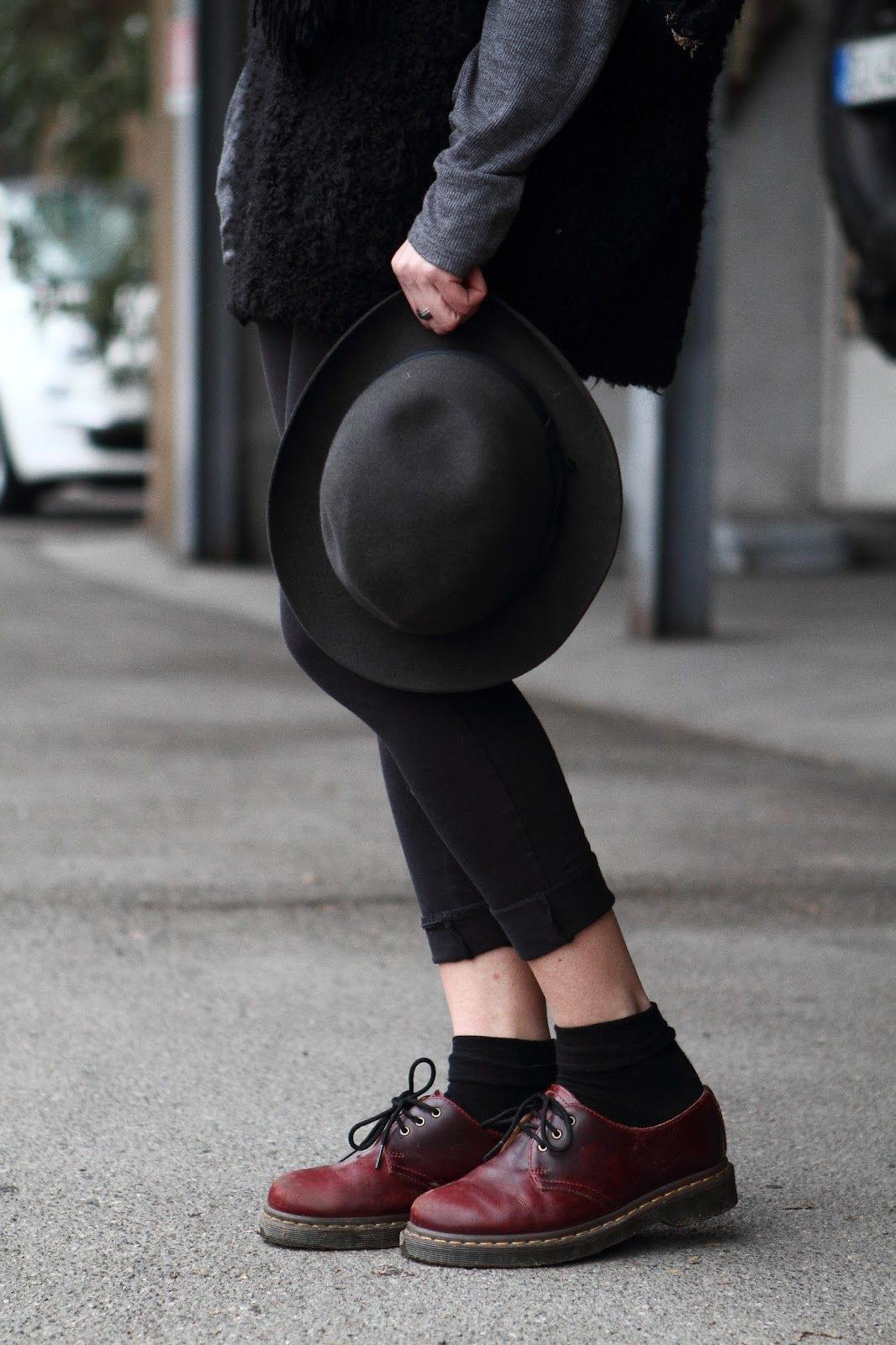 i love dr martens and this borsalino hat fashion pinterest chaussure mode et. Black Bedroom Furniture Sets. Home Design Ideas