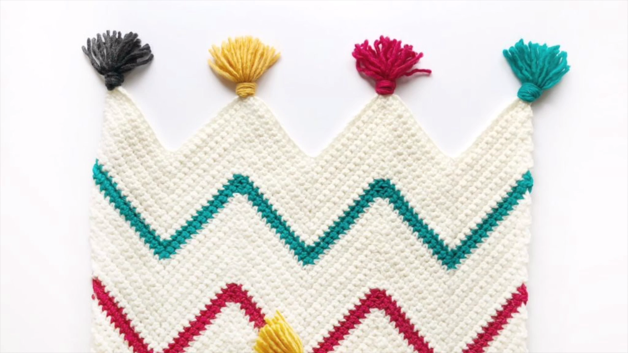 Video: How to Start a Crochet Chevron Blanket