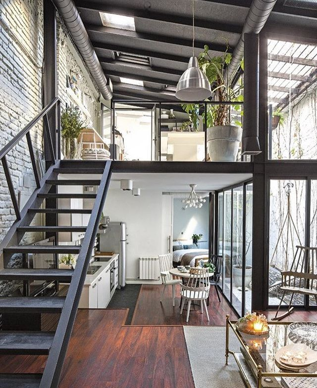 Decorating Loft Spaces: Industrial Style Loft Home Interior Space