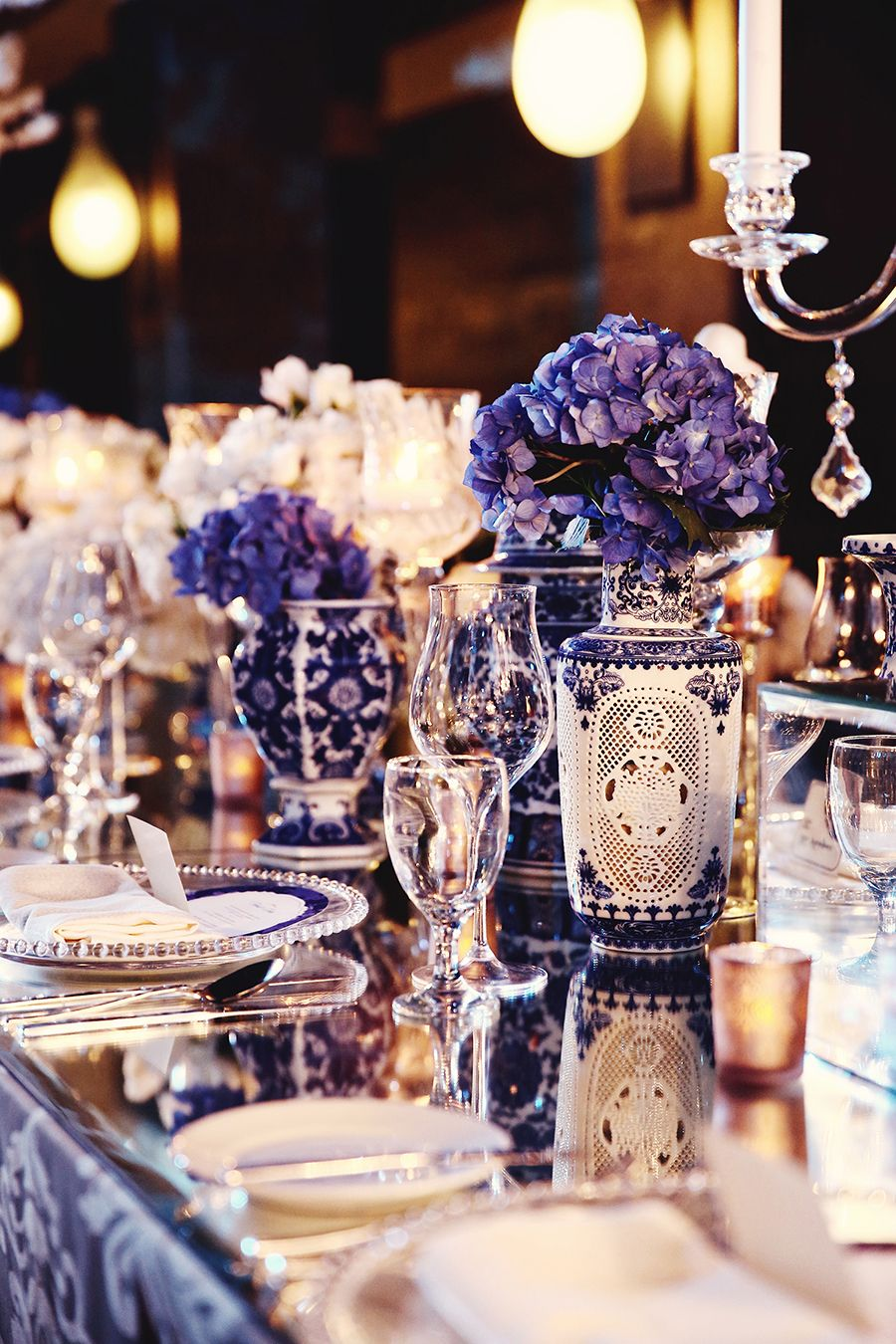 Wilis and etikas chinoiserie infused with rococo bali wedding chinoiserie blue and purple wedding table decor facebook and instagram the wedding scoop junglespirit Gallery
