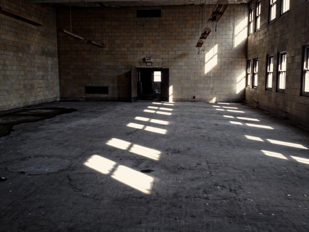 big empty room panic room empty room minneapolis big empty room middot content referencesmemes llchoosing