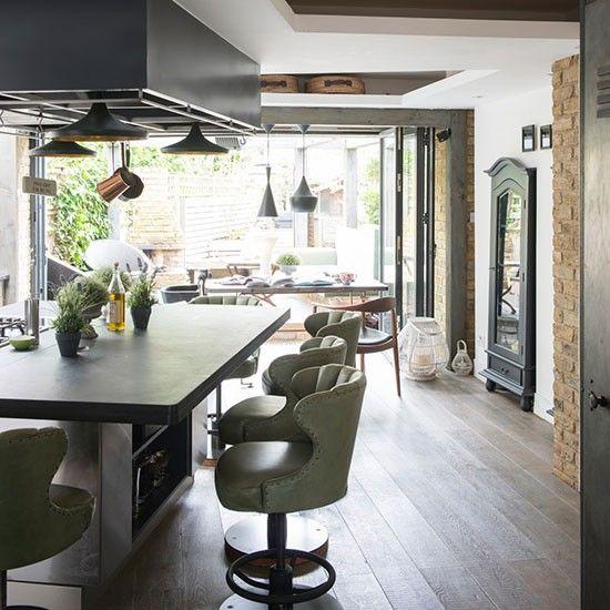 中性色調的悠閒感 位在倫敦南部的家 Modern Kitchen Extensions