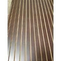 Exhibipanel, Panel Ranurado Wengue 1.22 X 2.14 Metros.