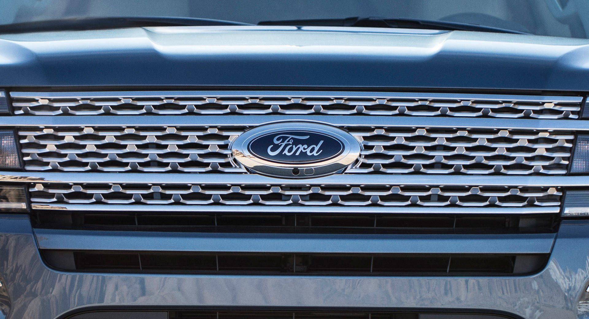 Will The Real Blue Oval Please Stand Up Ford Stock Doesn T Get