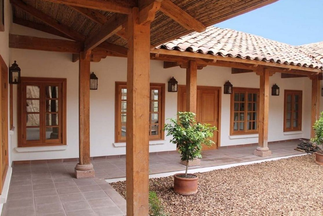 Fachada casa mexicana con patio interior esperamos que for Interior de casas modernas