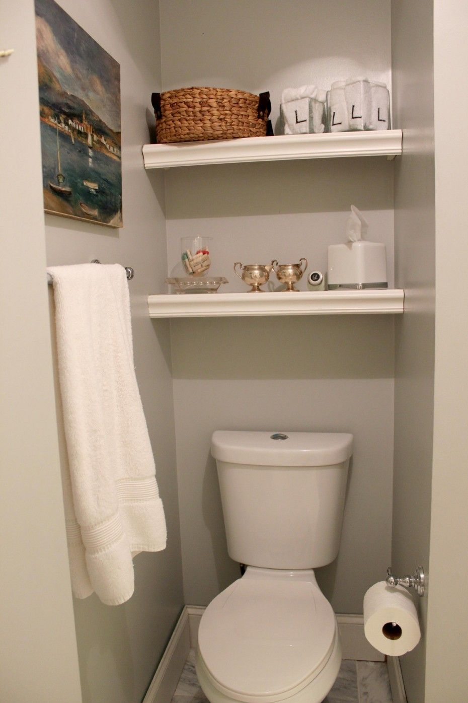 Inspiring Built In Bathroom Shelving Over Toilet Storage With White Polished Decoracao Banheiro Cinza Decoracao De Prateleira De Banheiro Prateleiras Banheiro