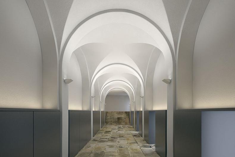 corridor uplightin · LightingArches & corridor uplightin | Hilton Al Ain | Pinterest | Spaces azcodes.com