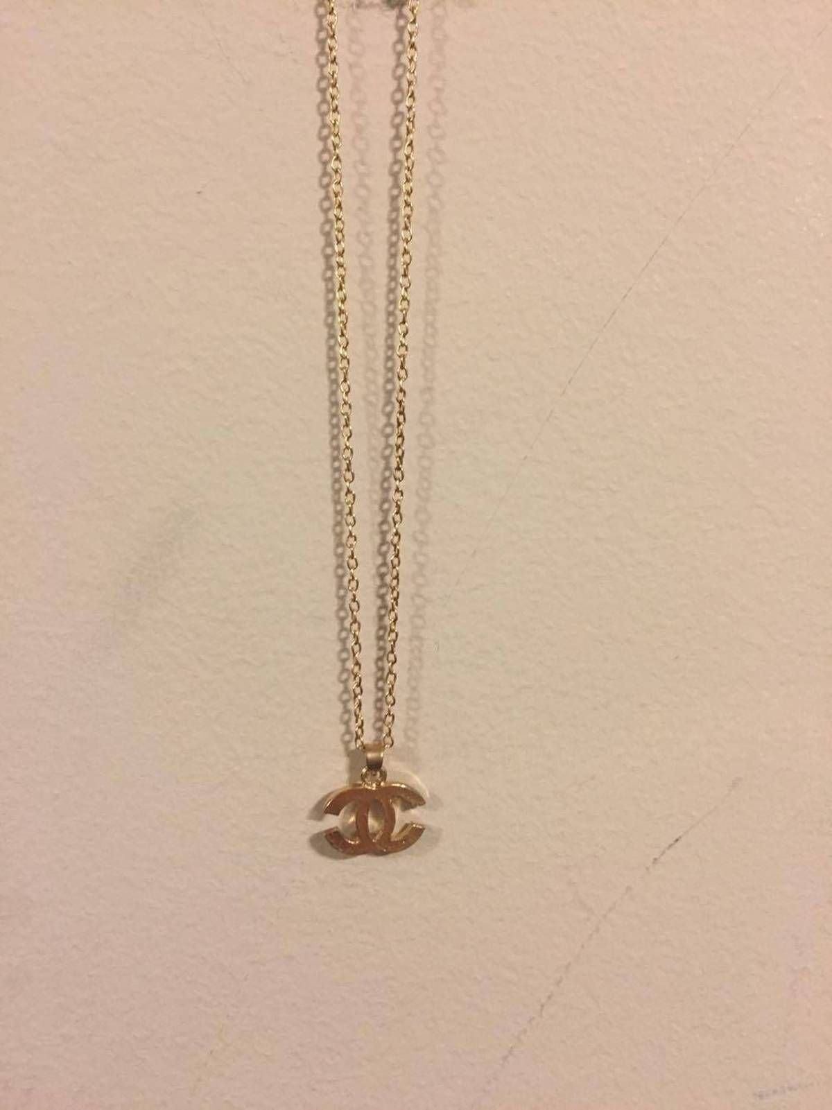 Buy Chanel CC Logo Necklace *Steal, Size ONE SIZE