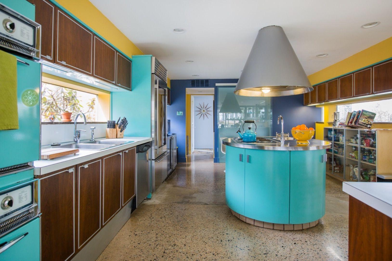 Mid Century Modern retro styled kitchen • Maude and Hermione on ...