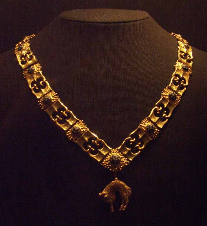 BURGUNDIAN GOTHIC | Collar of the Order of the Golden Fleece.     | c. 1435-1465| Netherlandish-Burgundian| Gothic'' | Gold | Burgundy. France.