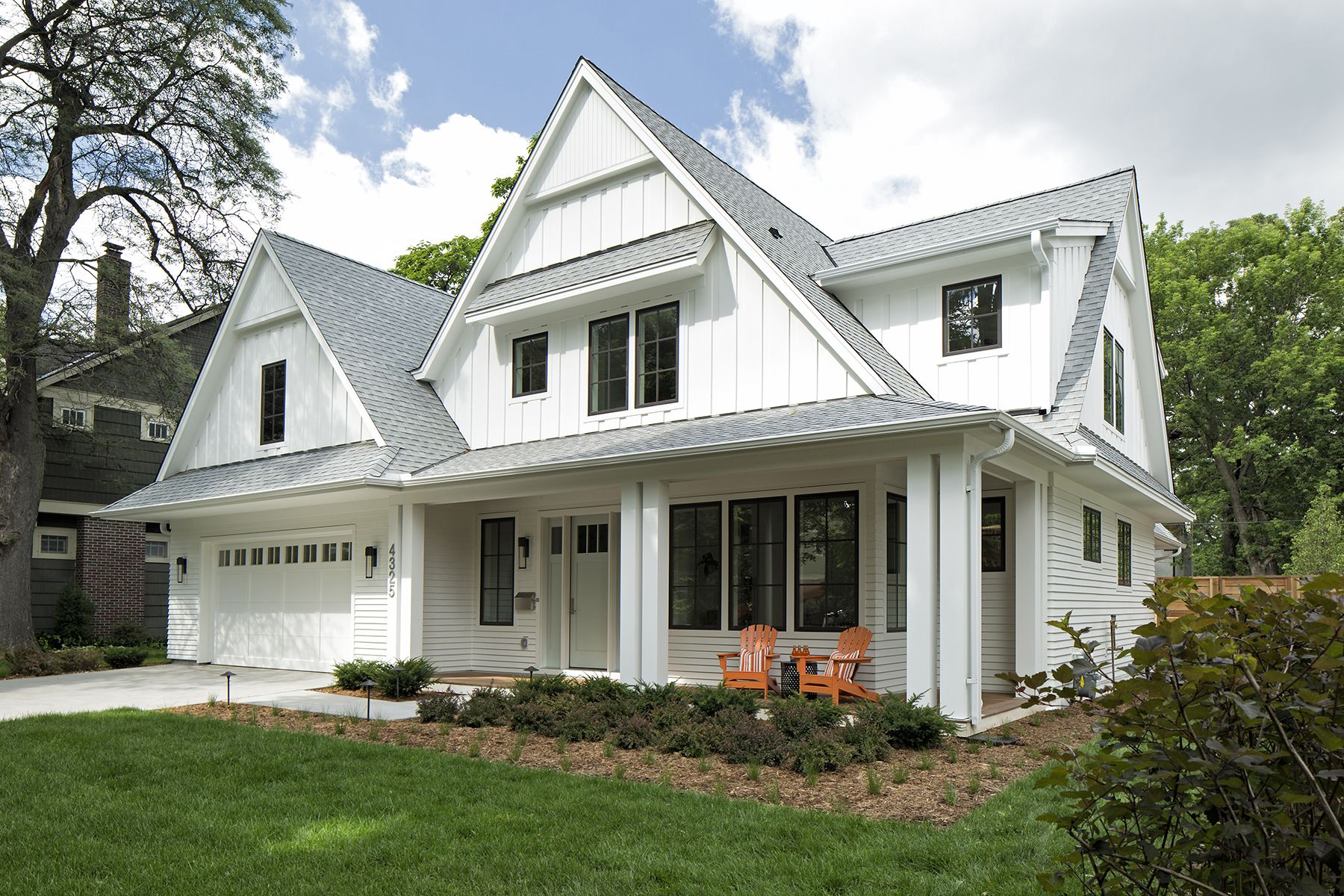 beautiful exterior classic but stylish modern farmhouse on beautiful modern farmhouse trending exterior design ideas id=44008