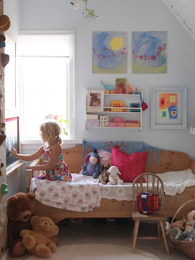 Rom 1 Rodsveien 1 1671 Krakeroy Childrens Bedrooms Design Kids Room Kids Bedroom