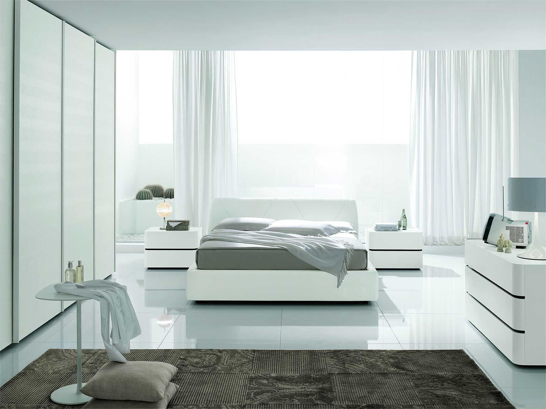 All white bedroom ikea - 16 Cool And Modern White Bedroom Designs Outstanding Clean White Based Bedroom Decoration With Floor Up To Ceiling White Closet And White