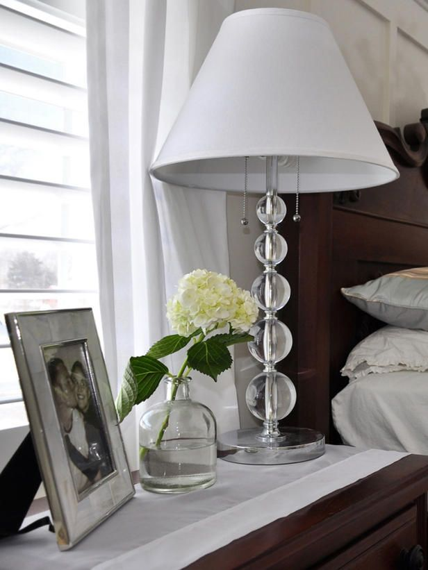 Ensure That Bedside Lamps Are The Correct Height With This Little