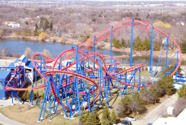 Superman Ultimate Flight In Six Flags Great America Gurnee Illinois Great America Roller Coaster Six Flags