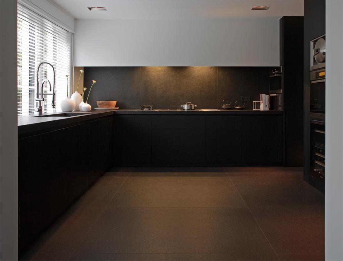 """Zimbabwe Black anciento """"architect CO. STUDIO""""   Kitchen ..."""