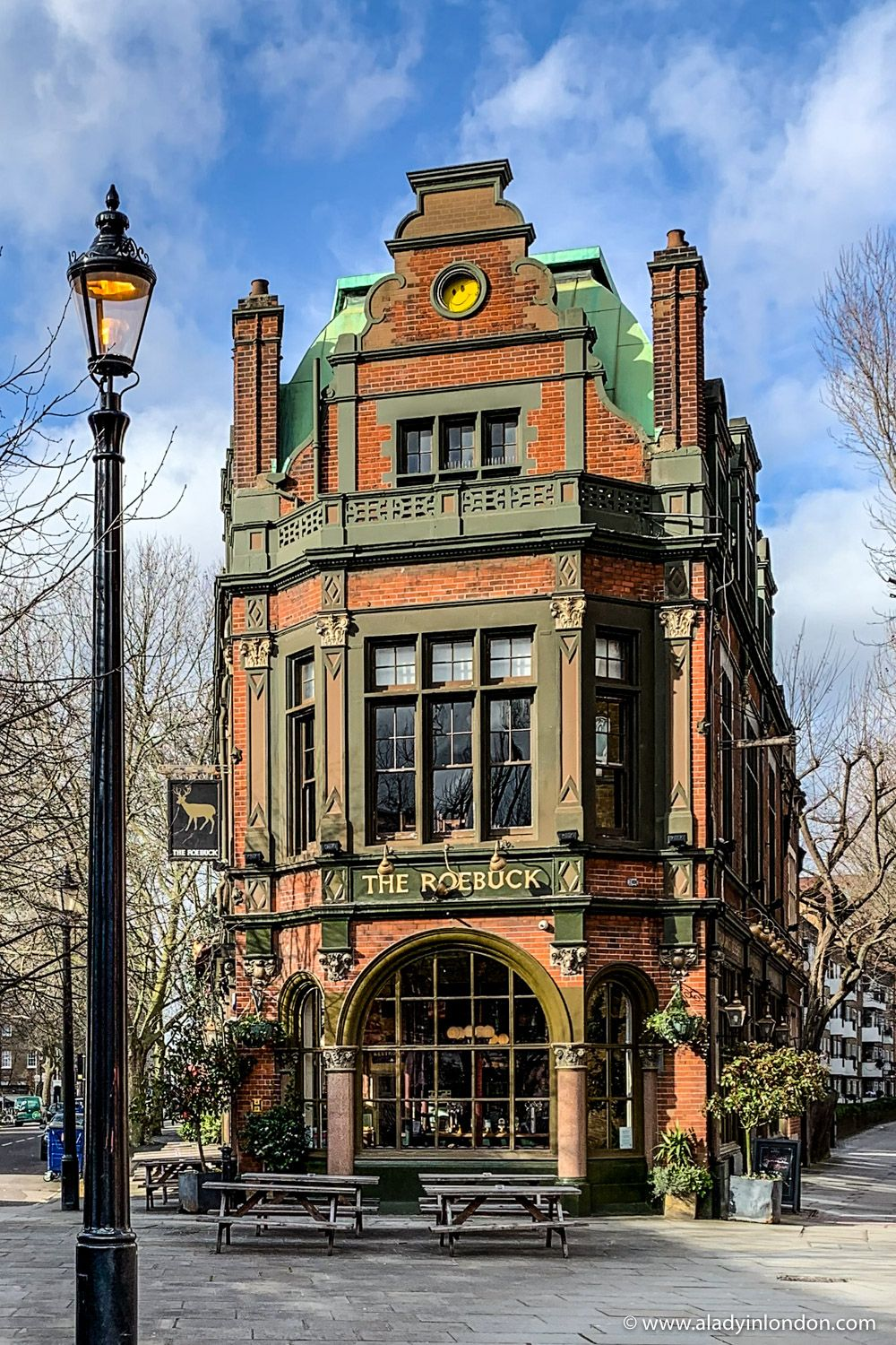 Amazing Historic Pub in London - A Lady in London