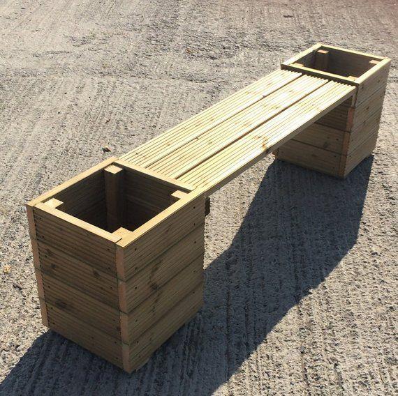 Stor fyrkantig trädgårdsplantering och bänkkombination - 2 m total längd - efistu.com/uteplats #woodengardenplanters