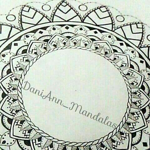 IG: DaniAnn_Mandalas Micron Mandala | Mandala, Decor, Art