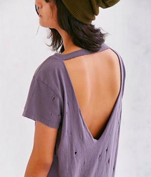90b787c1c6075 How To Cut A Shirt  10 Cute Ways To Cut A Shirt  tshirt  diy  fashion