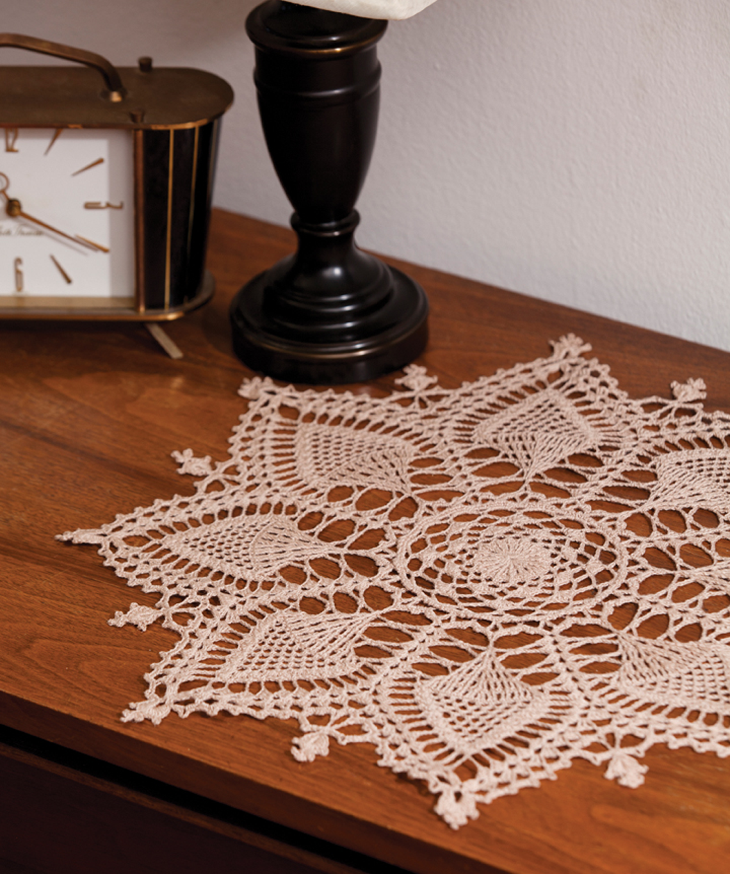 Pineapple Symphony doily free pattern made with Aunt Lydia\'s crochet ...