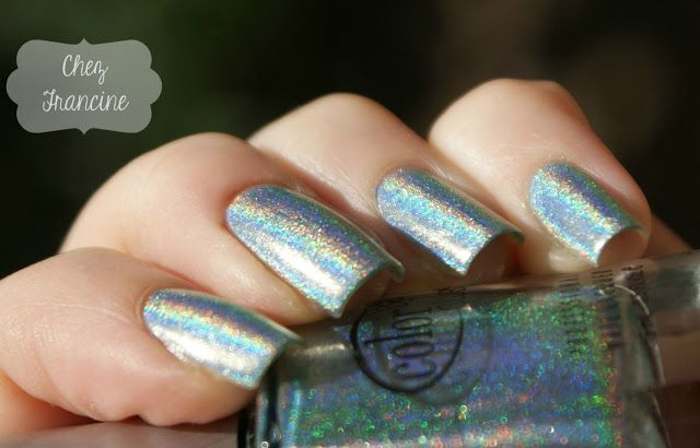 Chez Francine: [Holothon 2015] Color Club Angel Kiss