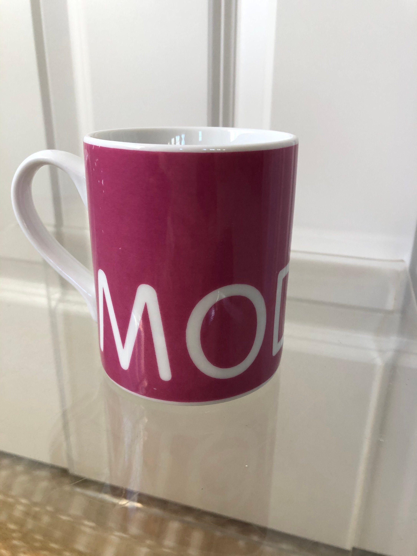 Tate Modern Mug London Art Museum Magenta Pink Coffee Tea Cup Etsy In 2021 Modern Mugs Mugs Tate Modern
