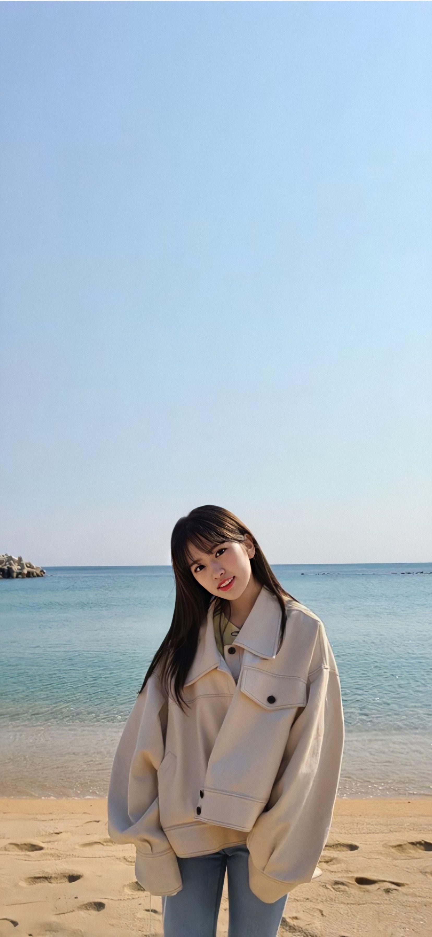 Ahn Yujin Wallpaper Kpop Girls Kpop Wallpaper Japanese Girl Group